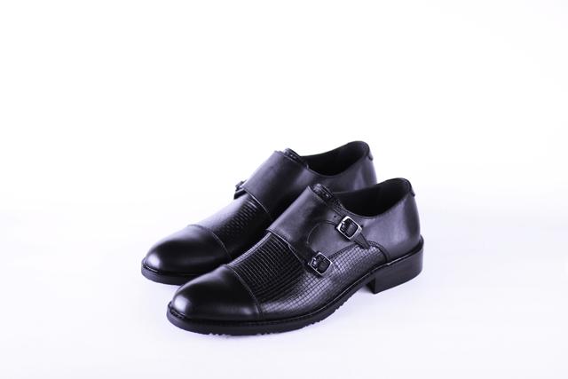 נעלי אלגנט בצבע שחור, תמונה 1