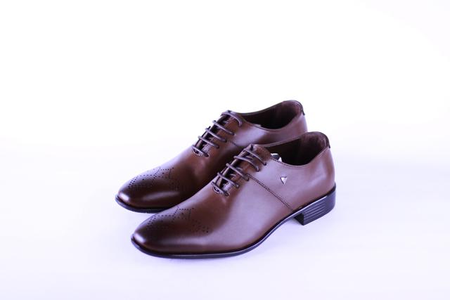נעל אלגנט צבע חום , תמונה 1
