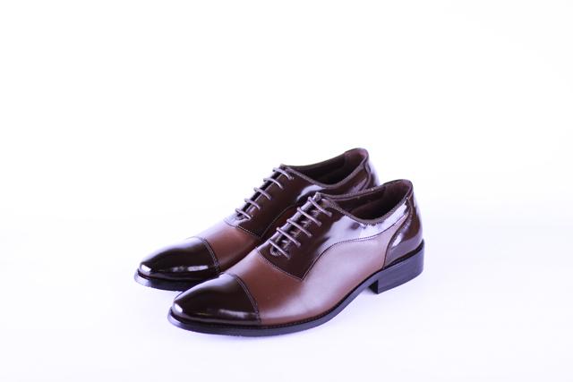 נעל אלגנט בשילוב חום כהה ובהיר, תמונה 1