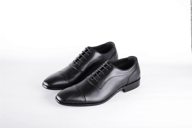 נעל אלגנט בצבע שחור מט מעור אמיתי, תמונה 1