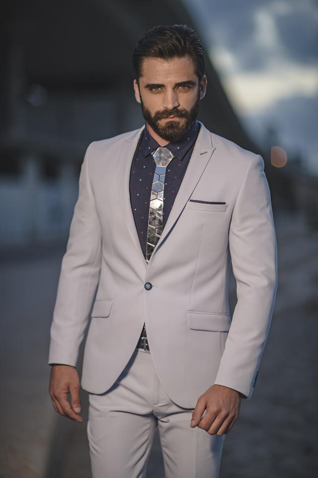 חליפת חתן גורמה בצבע אפור בשילוב נייבי , תמונה 1
