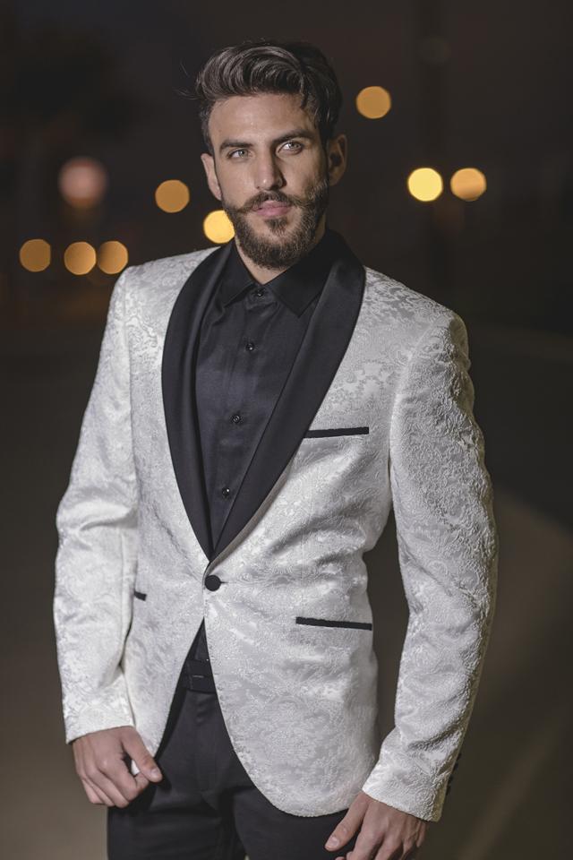 חליפה מעוצבת מבית עומרי פאשן, צבע לבן משולב עם שחור, תמונה 1