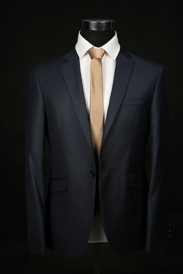 חליפה קלאסית