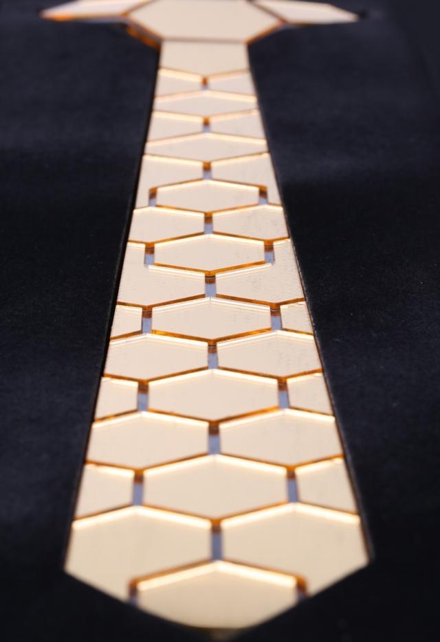 עניבה יוקרתית לחת, תמונה 2